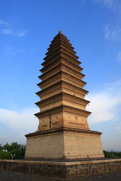 安国寺位于陕县西李村乡的瑞